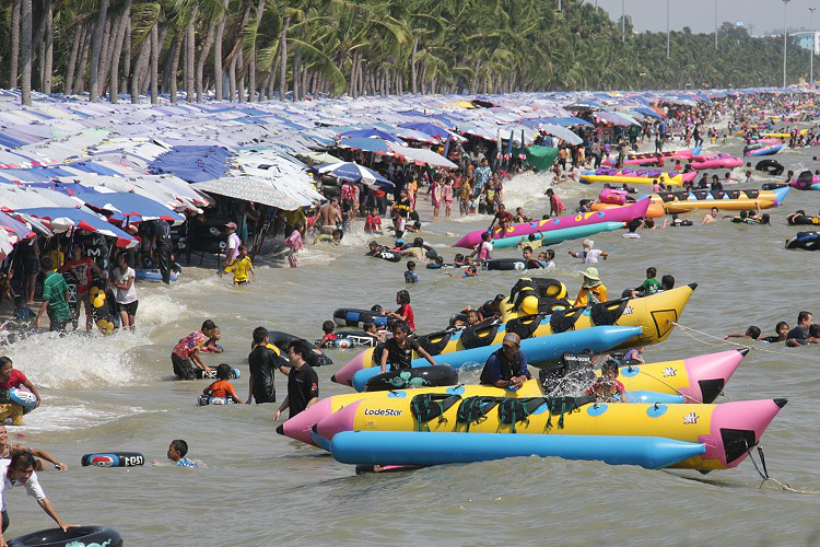 Bangsaen beach bangkok