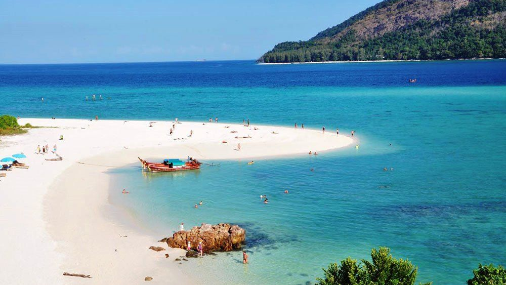 Ko Lipe Island in Thailand For Couples
